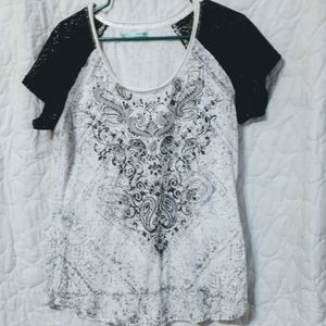 Maurice's V-Neck Graphic T-shirt with Lace Sleeves
